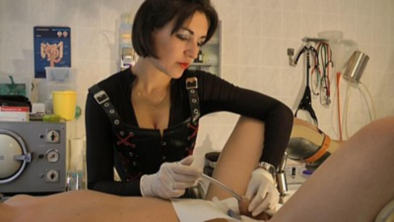 Baroness Mercedes - Kinky Clinic 2