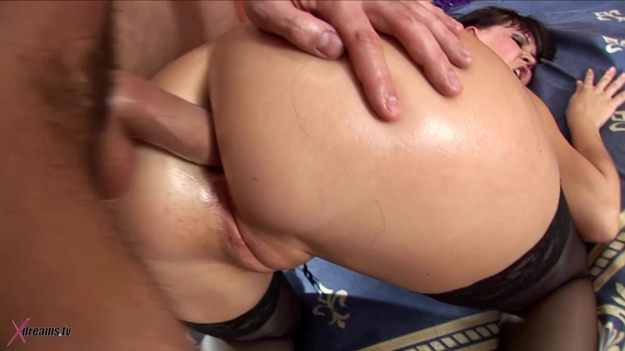 Kira Oil My Ass And Plunge Your Dick As Deep As You Can Into It