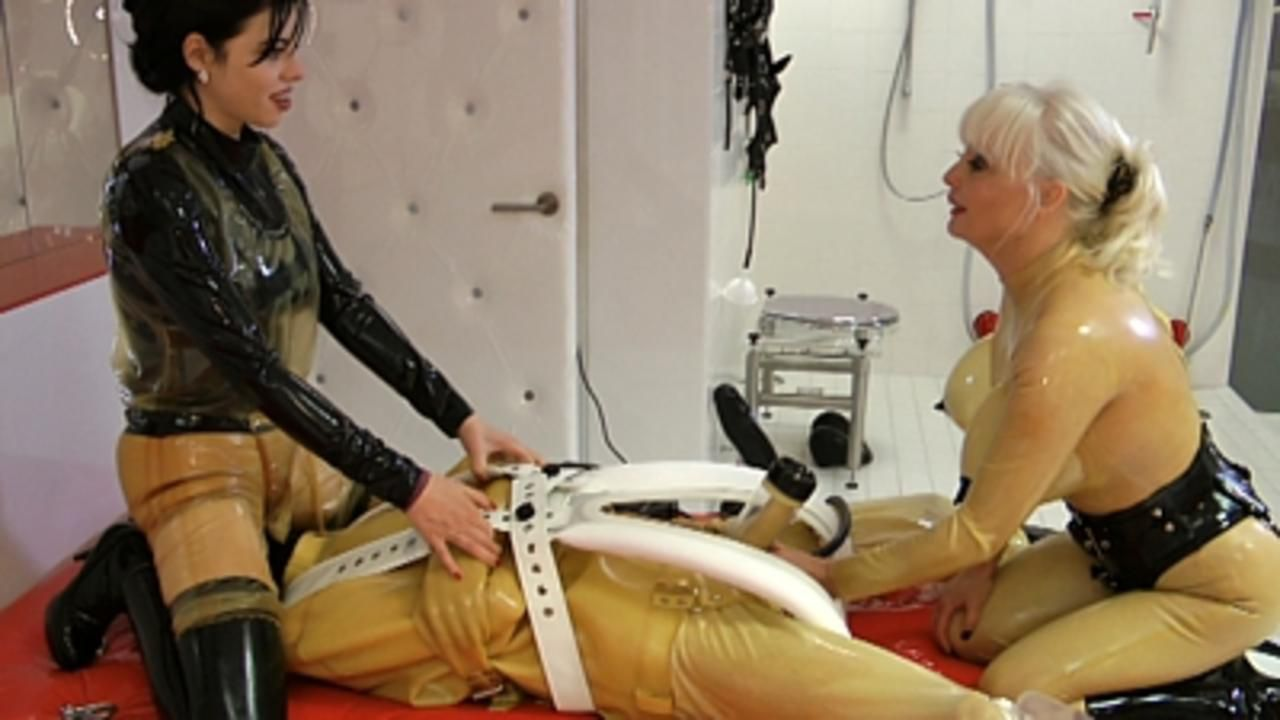 Madame Gillette und Lady Ashley - Melk Training Extrem