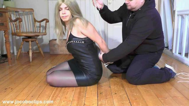 Tying Up The Sexy Blonde