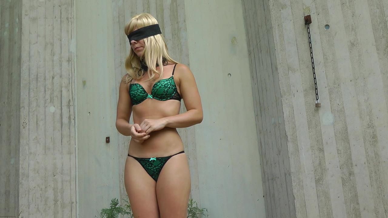 Sophie - Fucking outdoors