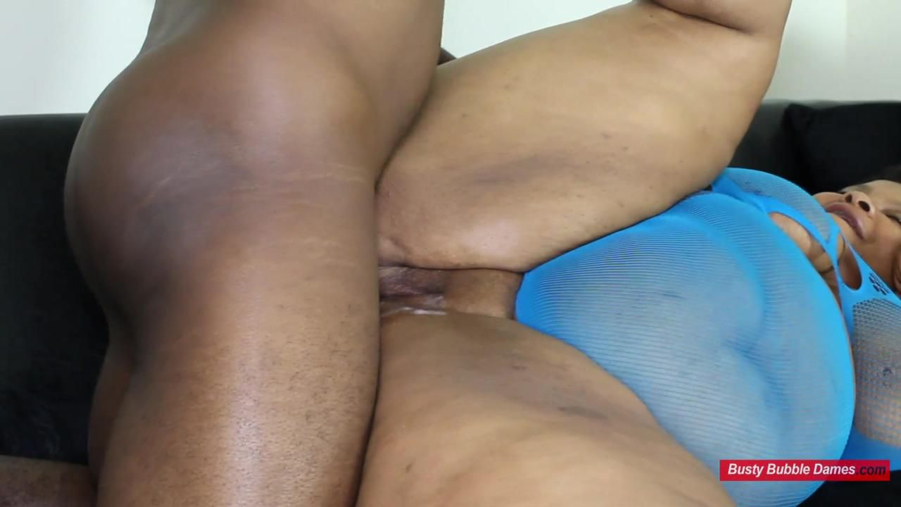SUPER MESSY QUICKIES 2 - CARMEL SQUIRTZ Clip 2