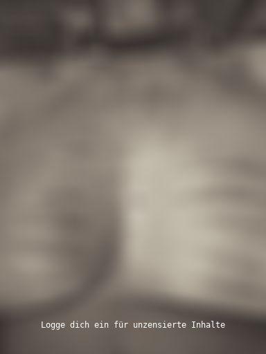 Nippel - Piercing mit Striemen vom Rohrstock