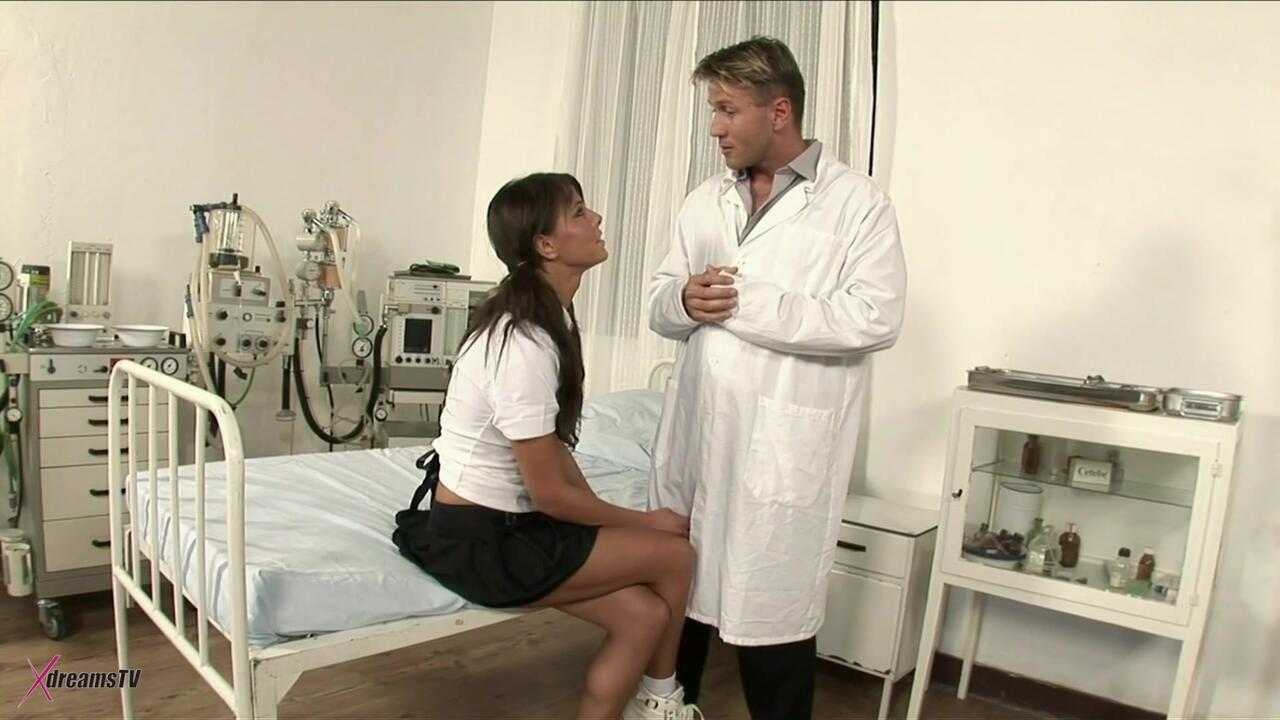 Doctor Visit - Melanie Memphis Is Working On A Sick Cert