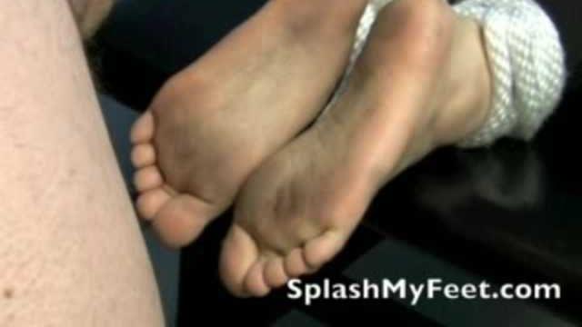 Cum On Dirty Feet