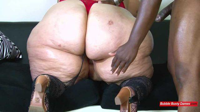 BIG LUSCIOUS DIVAS - STRAWBERRY CAKES FULL CLIP