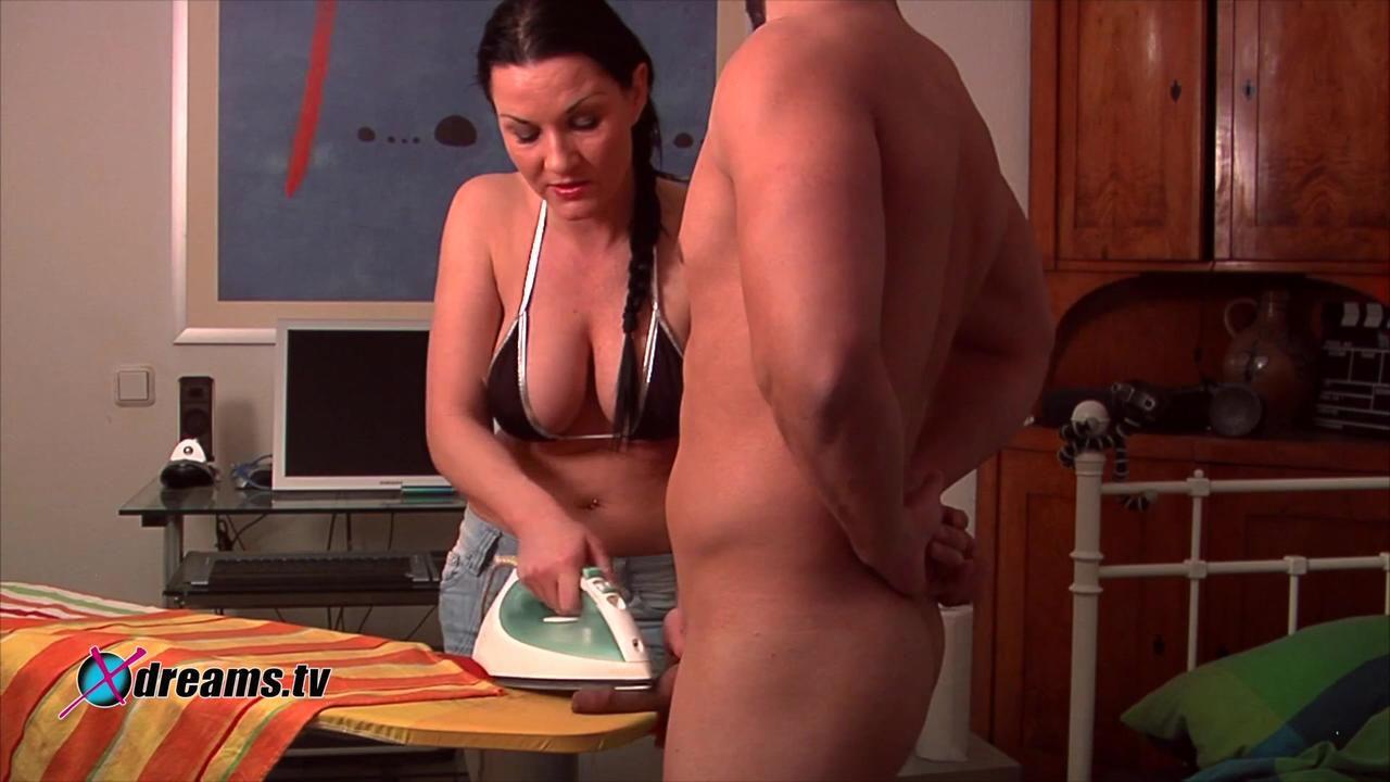 Mia's Cum Burning Ironing Handjob