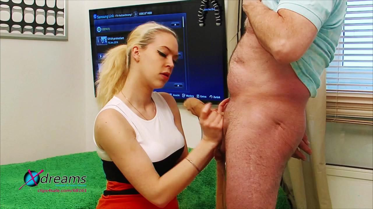 Penny's Handjob With Skin-Colored Tights