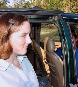 Kinky Florida Amateurs Teen Cindy And Milf Shirley Outside