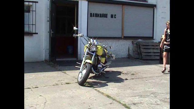 Du willst mir mein Motorrad stehlen?