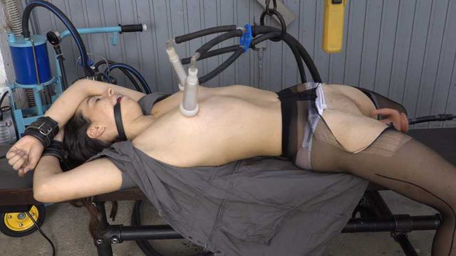 Milking on the fucking machine