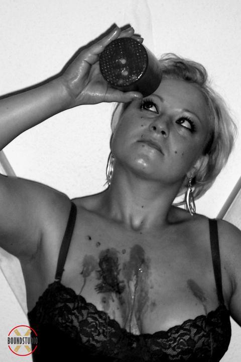 Hot wax for Katharina