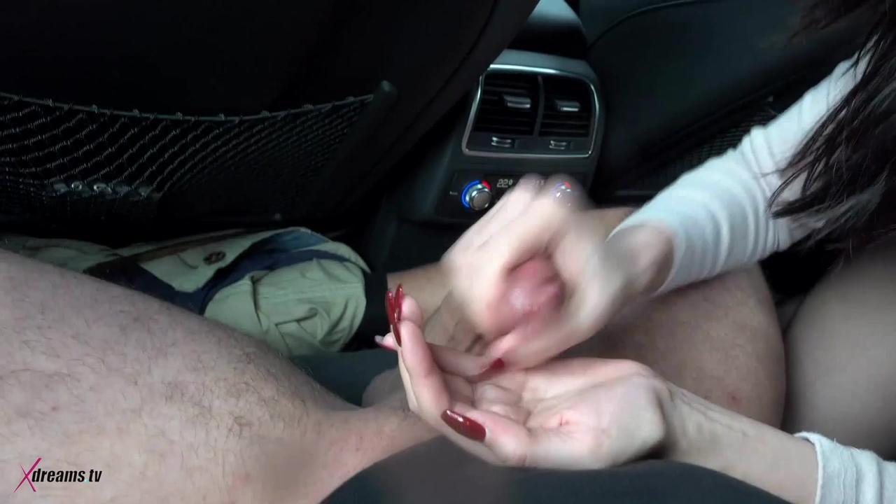 Alina's Handjob Pleasure On The Back Seat In A Car