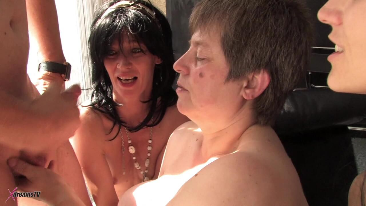 Amateur Sex Orgy - 3 Women And 2 Men Have Fun Together - Part 2