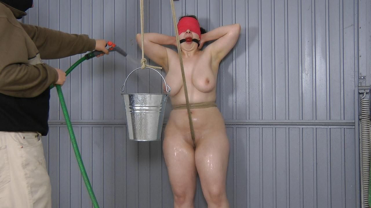 Water Pussy Torture