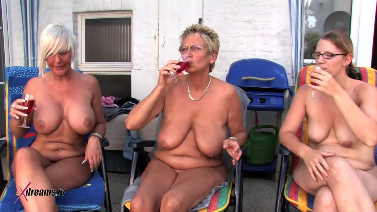Housewives Swinger Party Poolside
