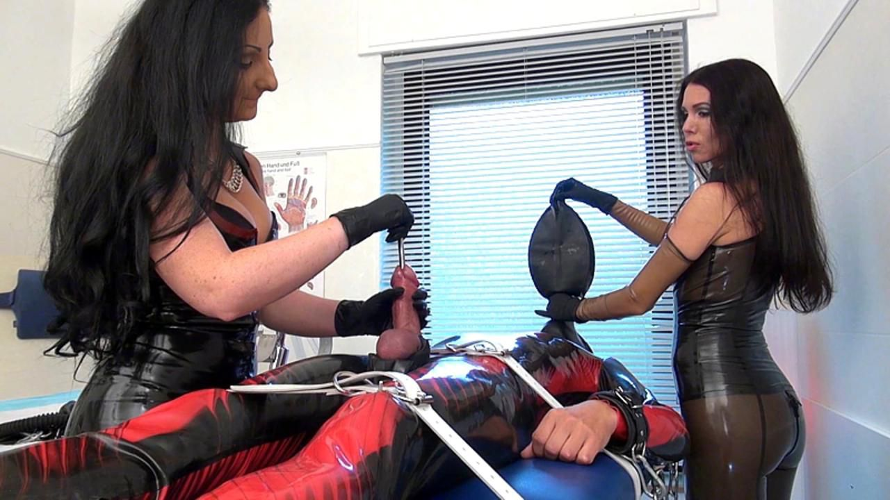 Mistress Susi und Lady Luciana - Orgasmus Therapie