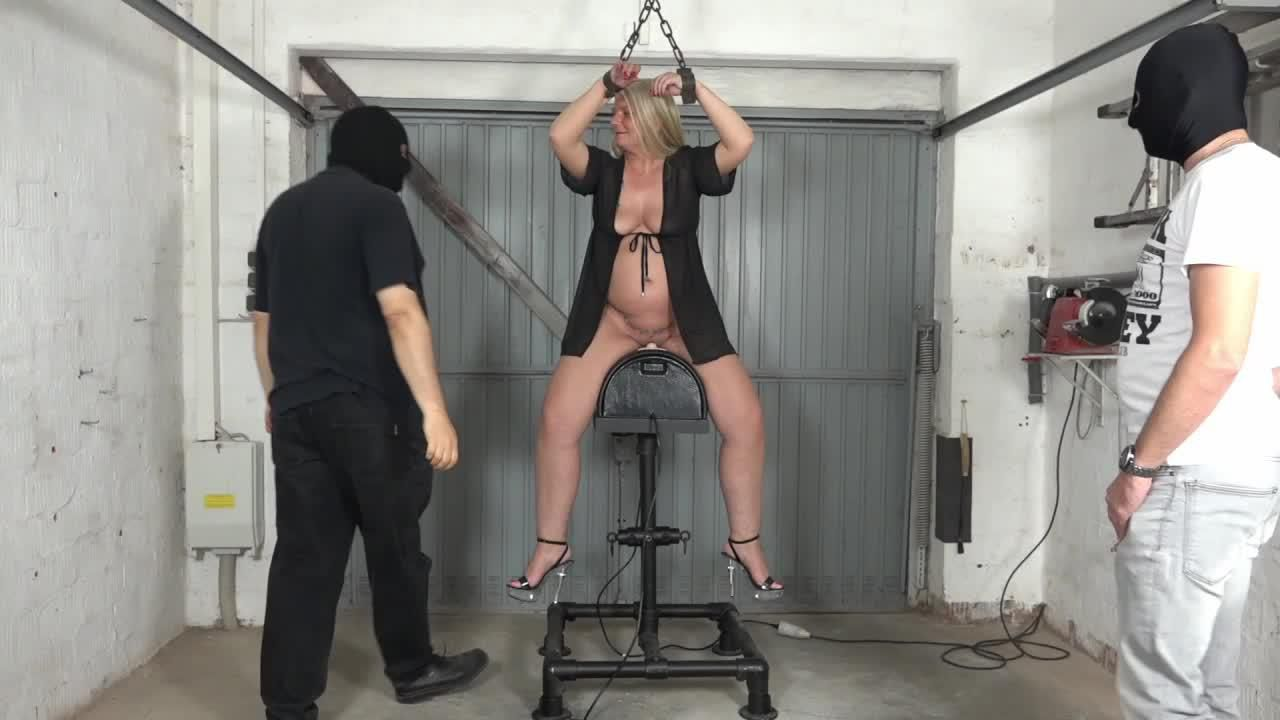 Rosella on Sybian
