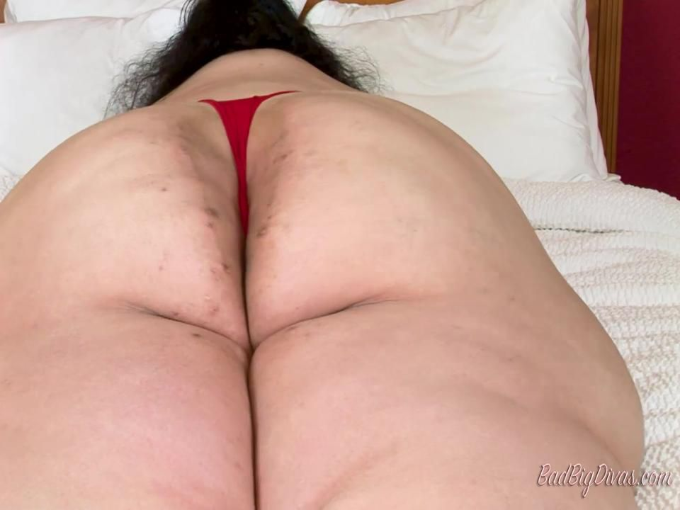 Queen Nora in Thong Punishers Part 3