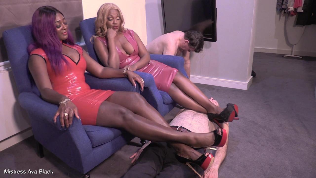 Double rubber Mistresses shoe worship - full clip