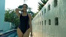 Anastasia Black - Vergnügungen der Oberschicht am Schwimmbad - Episode 2