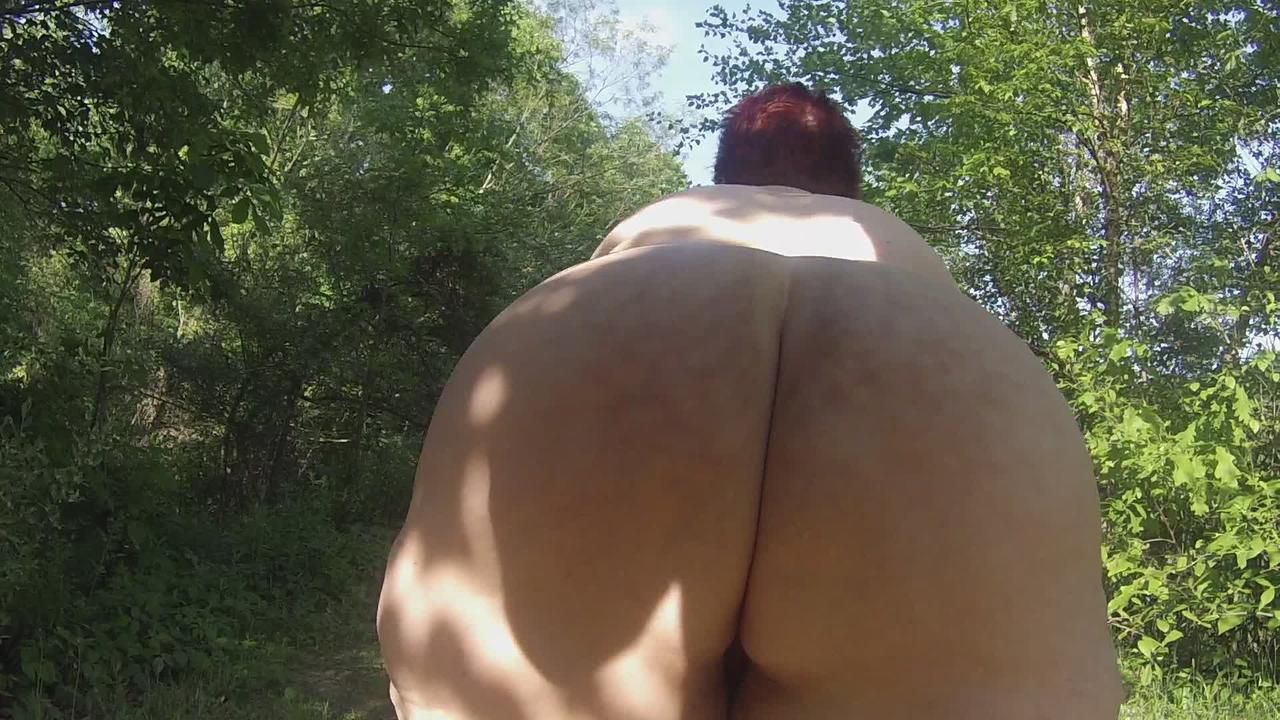 Ms. Cheeky Clean in her first videos
