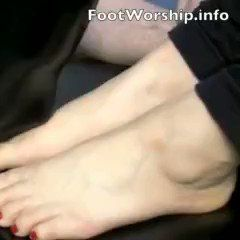 """Our update """"Licking Toes"""" just sold!<br /><br />#Barefoot #FootFetish #Sensual<br /><br />ToeGirl's bare toes are pedicured and ready for some licking!<br /><br />👉http://footsees.com/1061988610👈 #Shopmaker"""