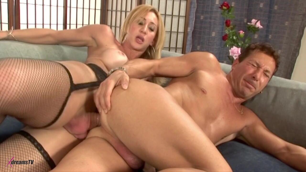 Tempting Trannies - Laura Ferraz - I Fucked My Boyfriend In The Ass