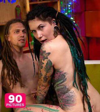 Dreadhead couple sharing love and physical pleasure - PHOTOSET